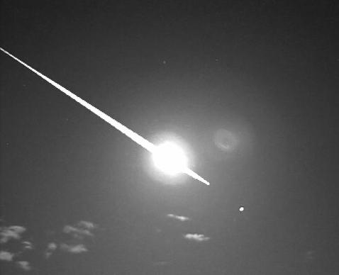 Dibujo200908017_Most_spectacular_meteor_Perseids_with_minus_10_magnitude_from_astropix
