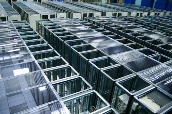 Dibujo20130214 CERN Data Centre passes 100 petabytes