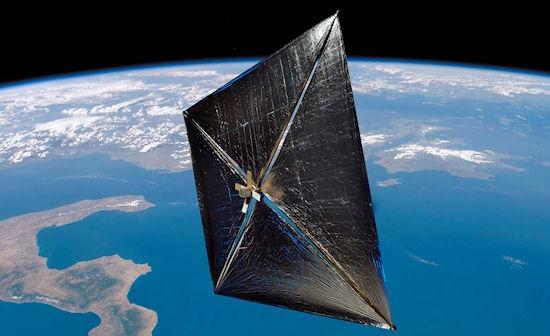 Dibujo20130703 artist concept solar sail earth orbit